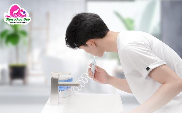 Cách sử dụng máy tăm nước cằm tay