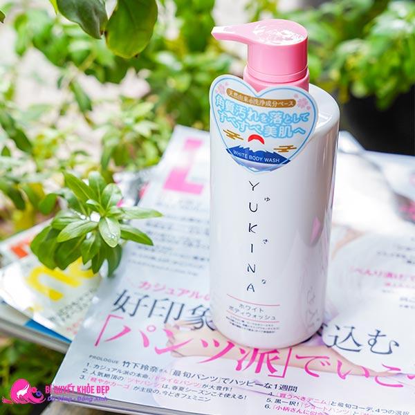Sữa tắm trắng da thơm lâu Yukina Nhật Bản